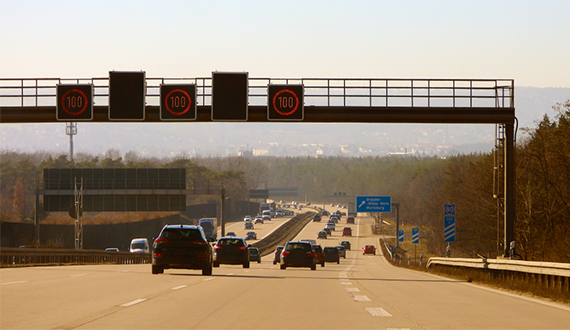 speed limit laws when driving on the autobahn in Germany Europe
