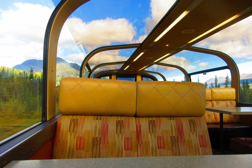 Luxury glass topped train carriage